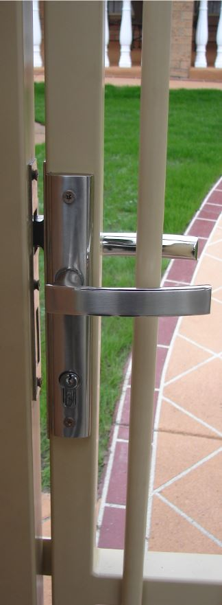 Latches & Handles